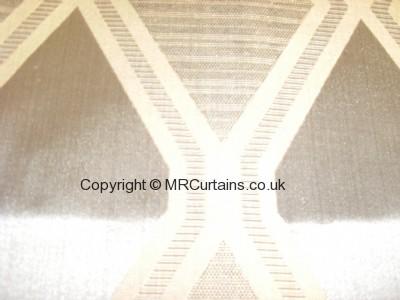 Onyx curtain