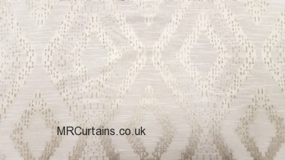 Akuchi made to measure curtain