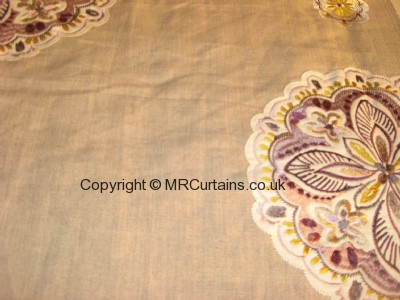 Mulberry curtain